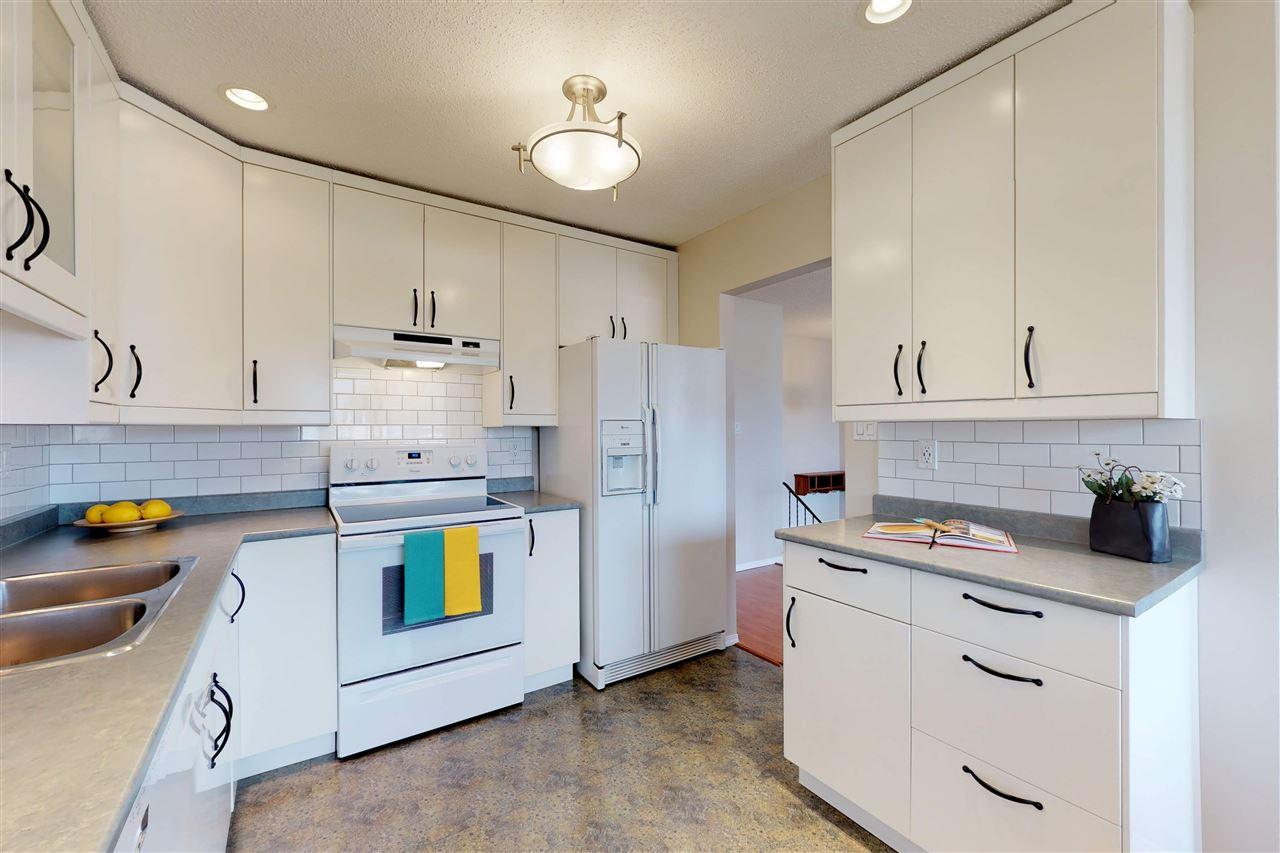 13224 39A Street, 3 bed, 2 bath, at $255,000