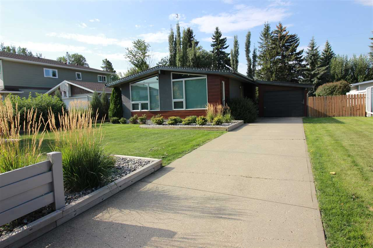 6905 102A Avenue, 3 bed, 2 bath, at $587,700