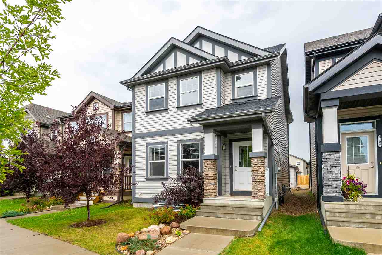 3122 ARTHURS Crescent, 3 bed, 3 bath, at $354,900