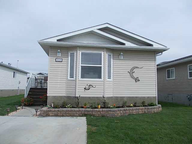 3026 Aspen Wynd, 1 bed, 2 bath, at $142,500