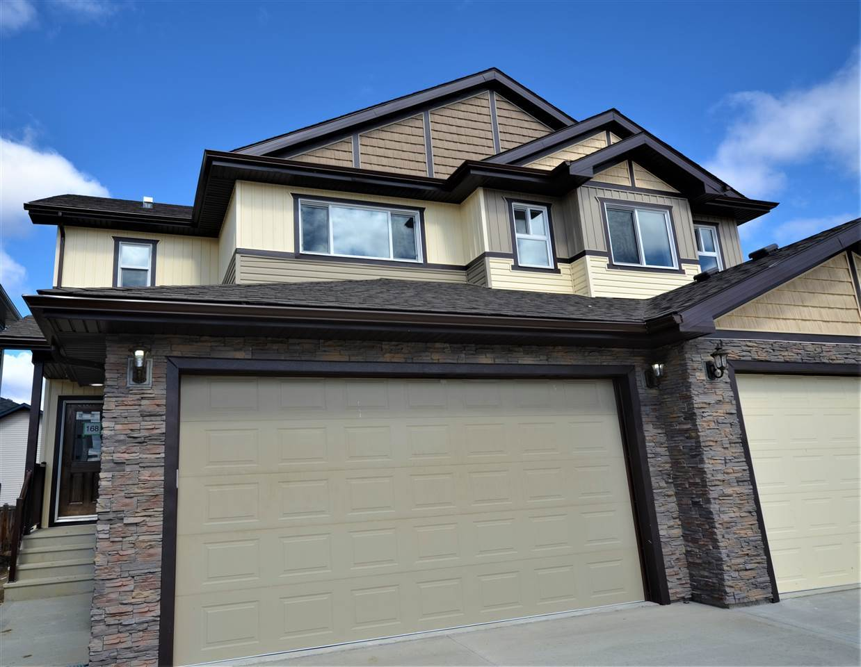 168 SPRUCE GARDENS Crescent, 3 bed, 3 bath, at $344,900