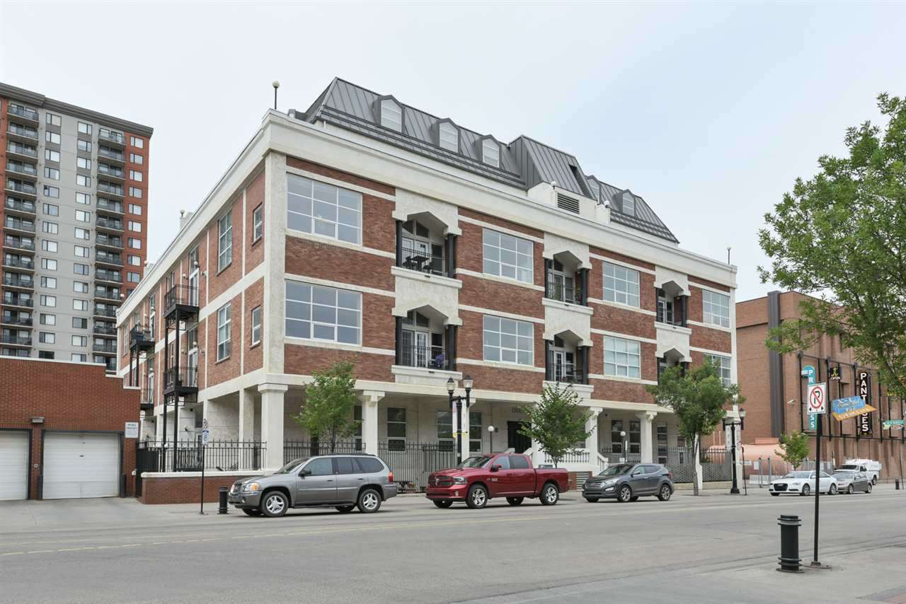 201 10330 104 Street, 1 bed, 2 bath, at $470,000