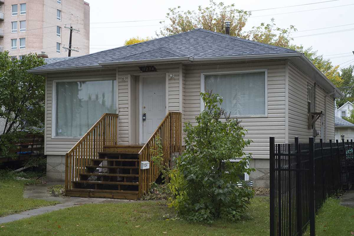 11234 84 Street NW, 3 bed, 1 bath, at $275,000