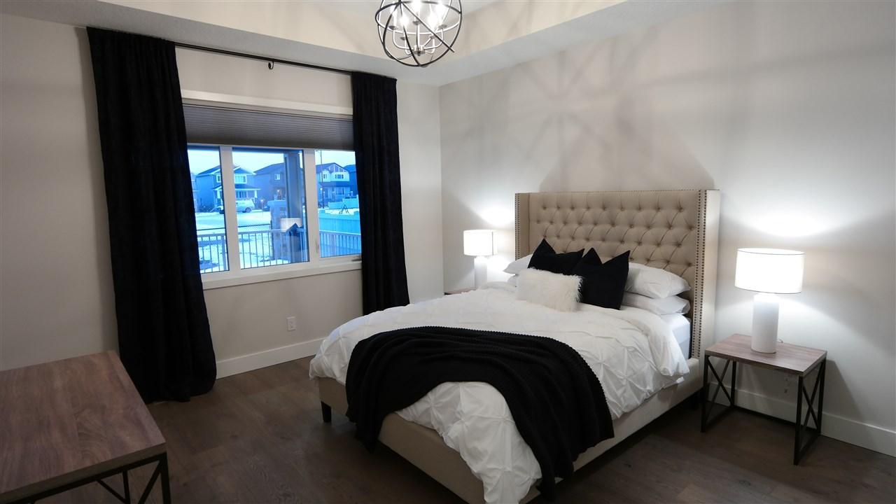 3707 47 Avenue, 3 bed, 3 bath, at $609,250