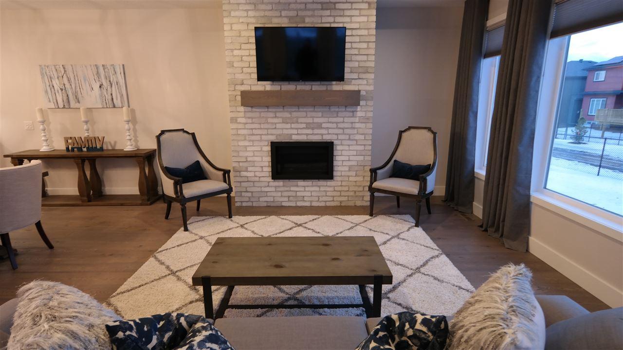3709 47 Avenue, 2 bed, 3 bath, at $613,250