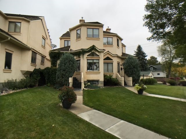 12622 105 Avenue, 3 bed, 3 bath, at $589,900