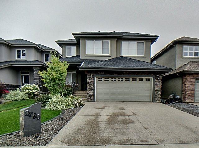 2290 Warry Loop, 3 bed, 3 bath, at $674,900