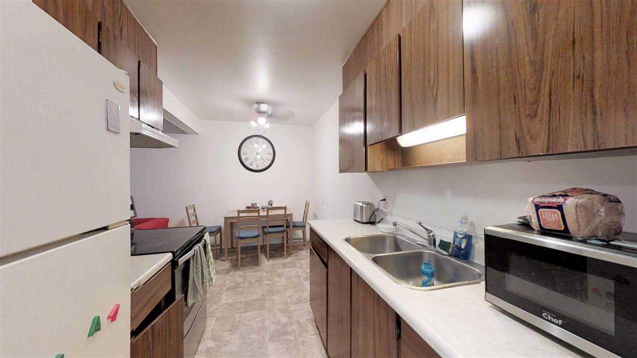 75 11255 31 Avenue, 2 bed, 1 bath, at $110,000