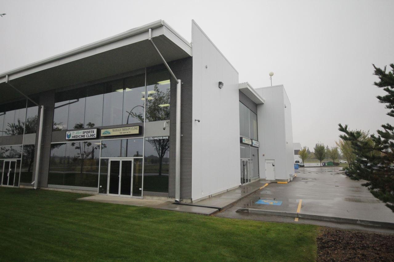 102 125 Carleton Drive, at $589,000