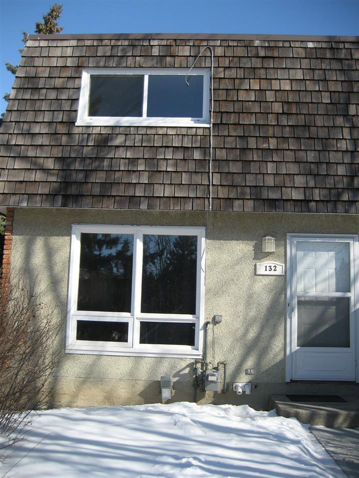 Property, 3 bed, 1 bath, at $153,000