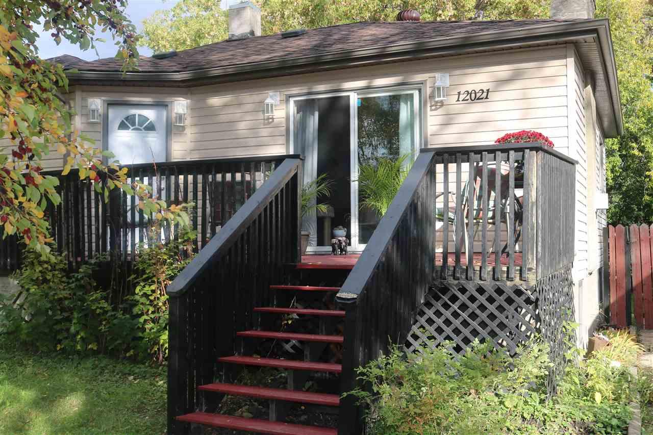 12021 88 Street, 3 bed, 2 bath, at $389,000