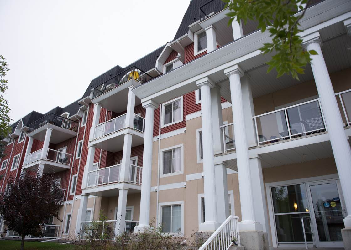 220 226 MACEWAN Road SW, 1 bed, 1 bath, at $190,000