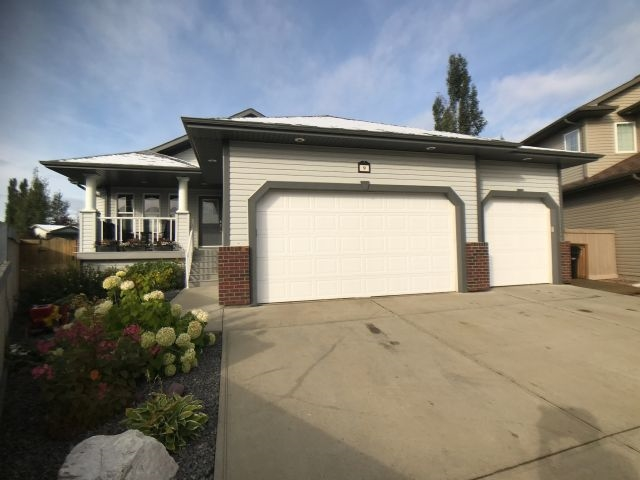 9 Linksview Place, 3 bed, 3 bath, at $619,200