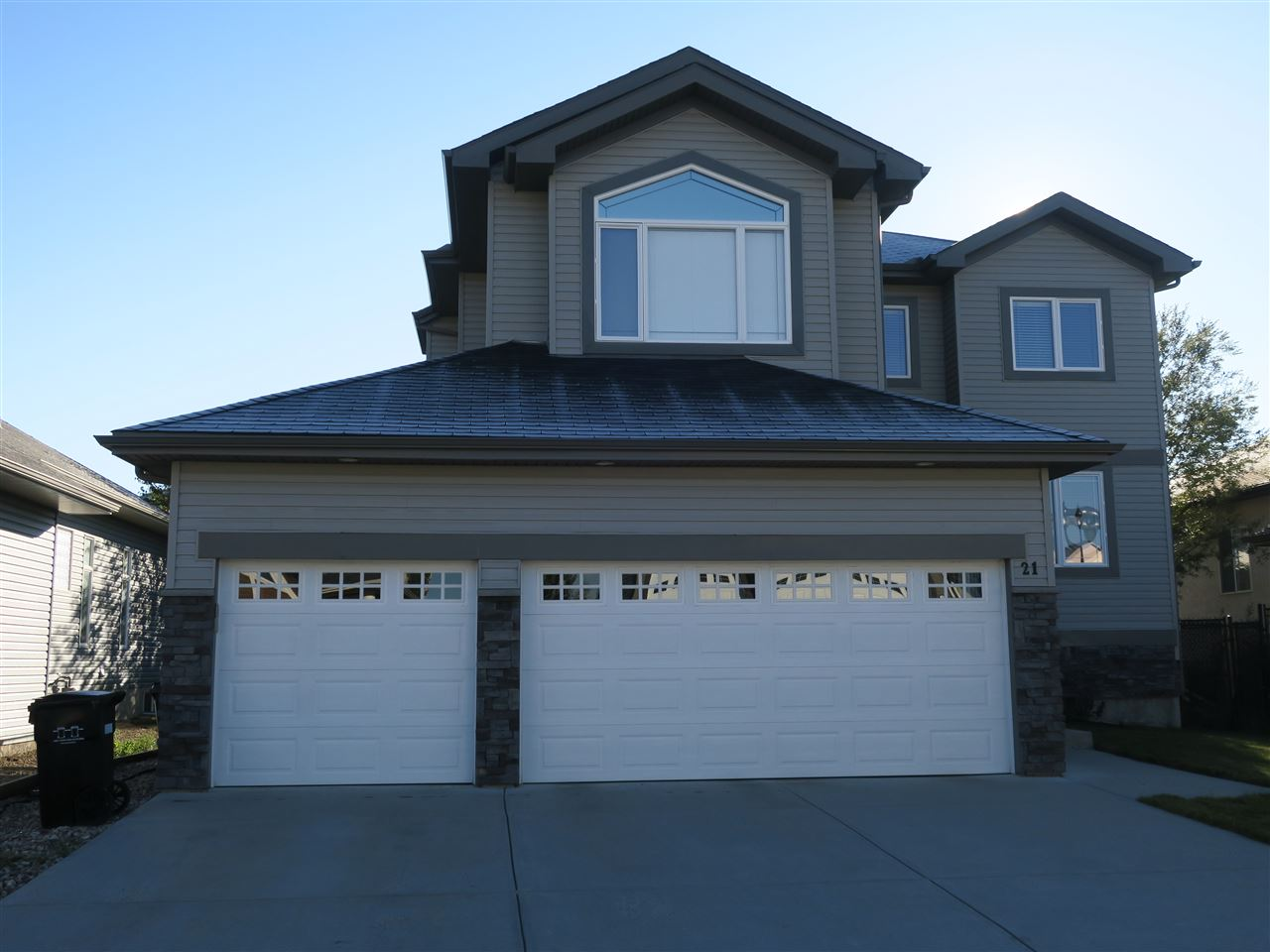 21 Kingdom Place, 4 bed, 4 bath, at $519,500