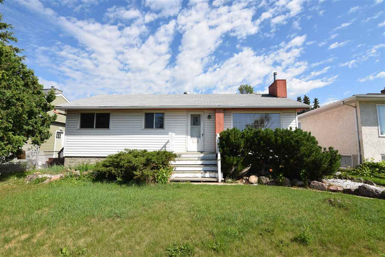 13932 118 Avenue, 3 bed, 2 bath, at $277,500