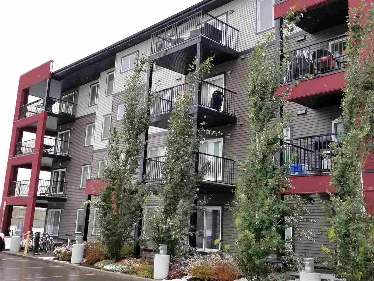 305 5521 7 Avenue, 1 bed, 1 bath, at $159,900