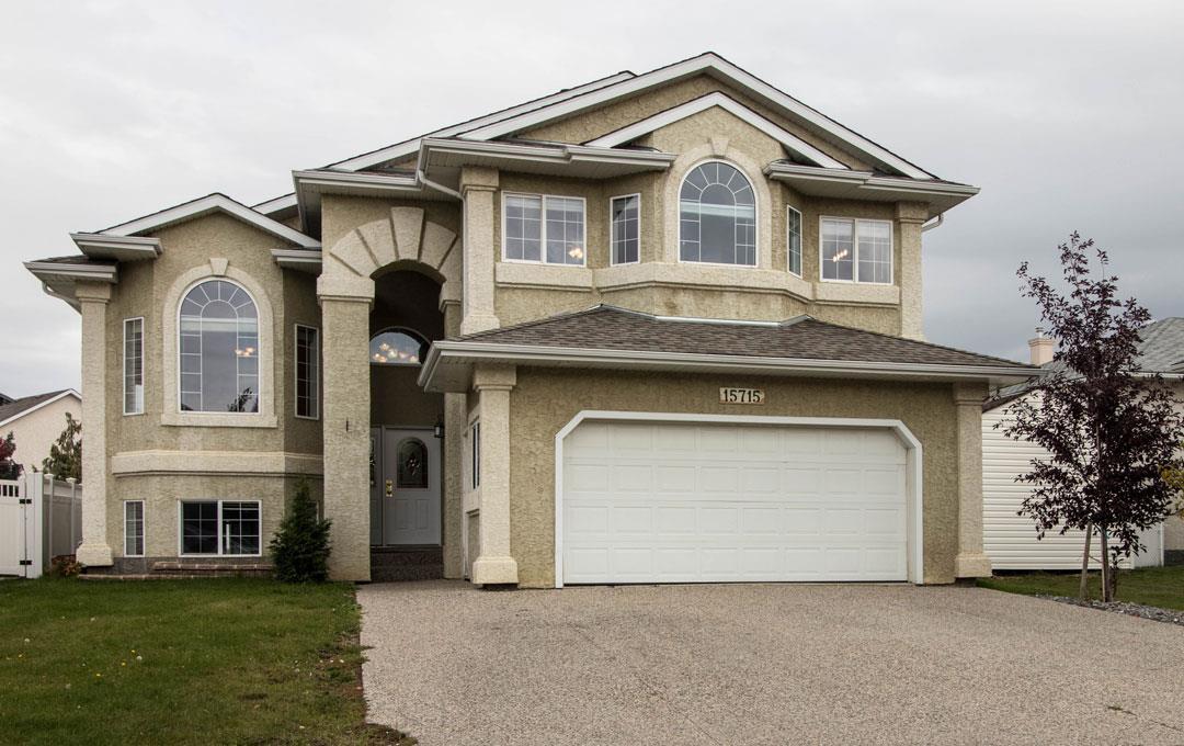 Property, 6 bed, 3 bath, at $498,800