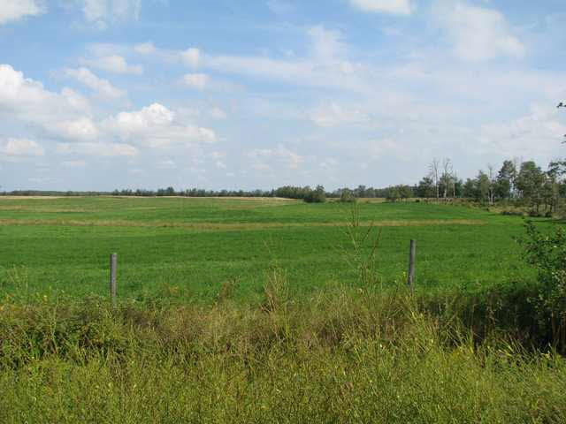 TWP ROAD 555 RANGE ROAD 61, at $259,000