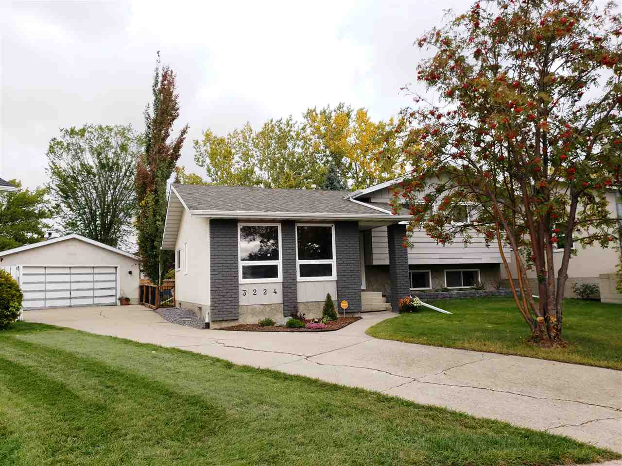 3224 131 Avenue, 4 bed, 3 bath, at $362,500