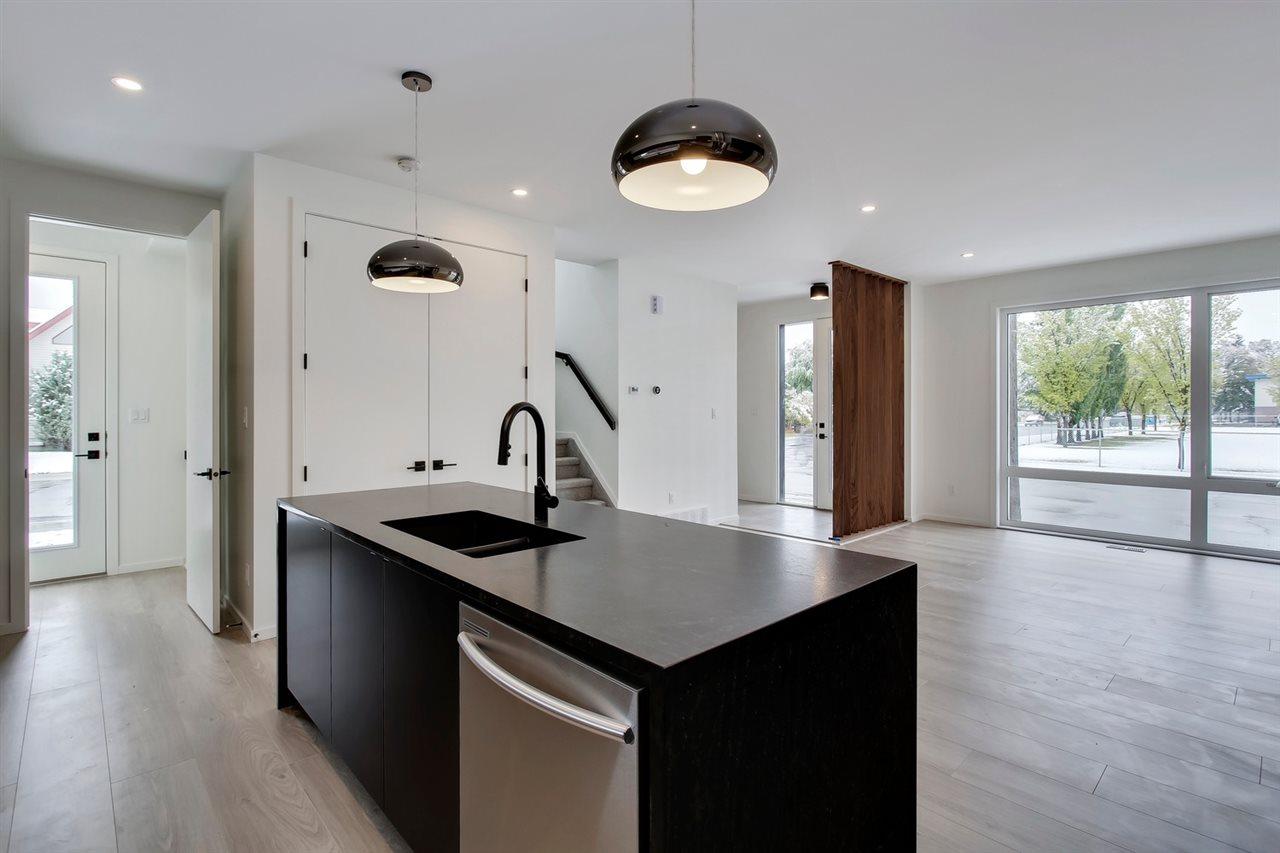 16112 99 Avenue, 3 bed, 3 bath, at $414,900