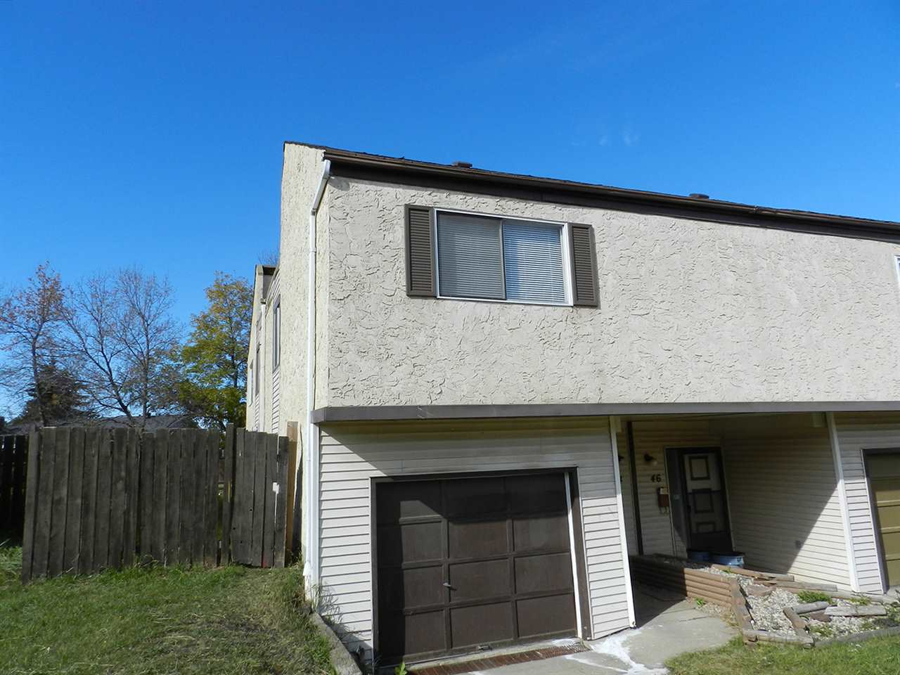 44 HOMESTEAD Crescent, 4 bed, 2 bath, at $239,000