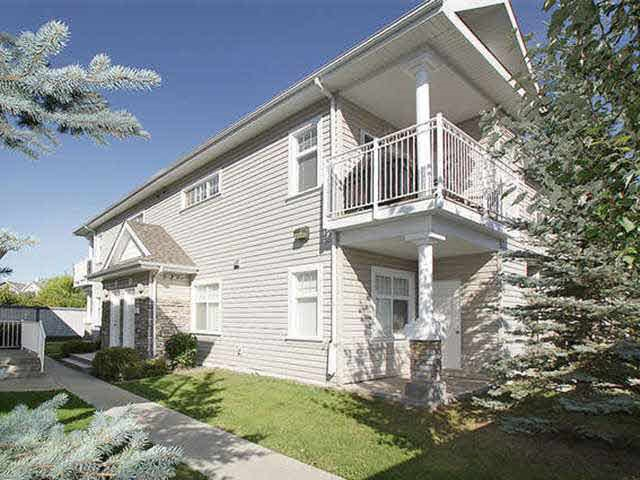 11 1179 SUMMERSIDE Drive, 2 bed, 1 bath, at $219,000