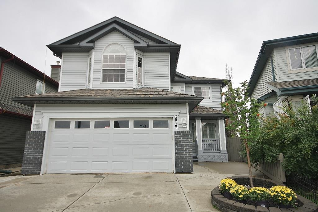 3829 MCLEAN Close, 3 bed, 3 bath, at $459,900