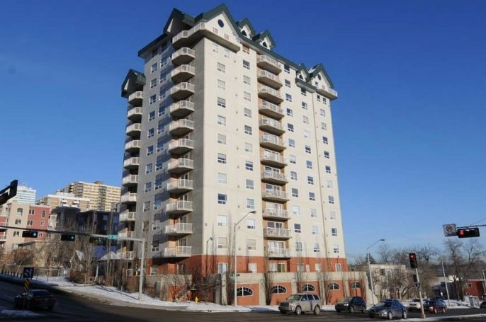 405 9707 105 Street, 2 bed, 2 bath, at $279,900