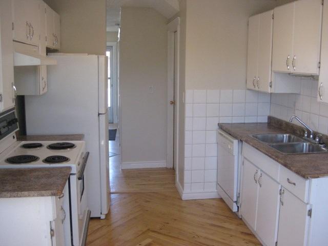 14713 25 Street, 3 bed, 2 bath, at $155,500