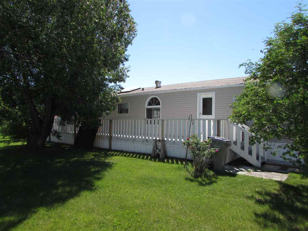 774 53222 272 Range Rd, 3 bed, 2 bath, at $68,900