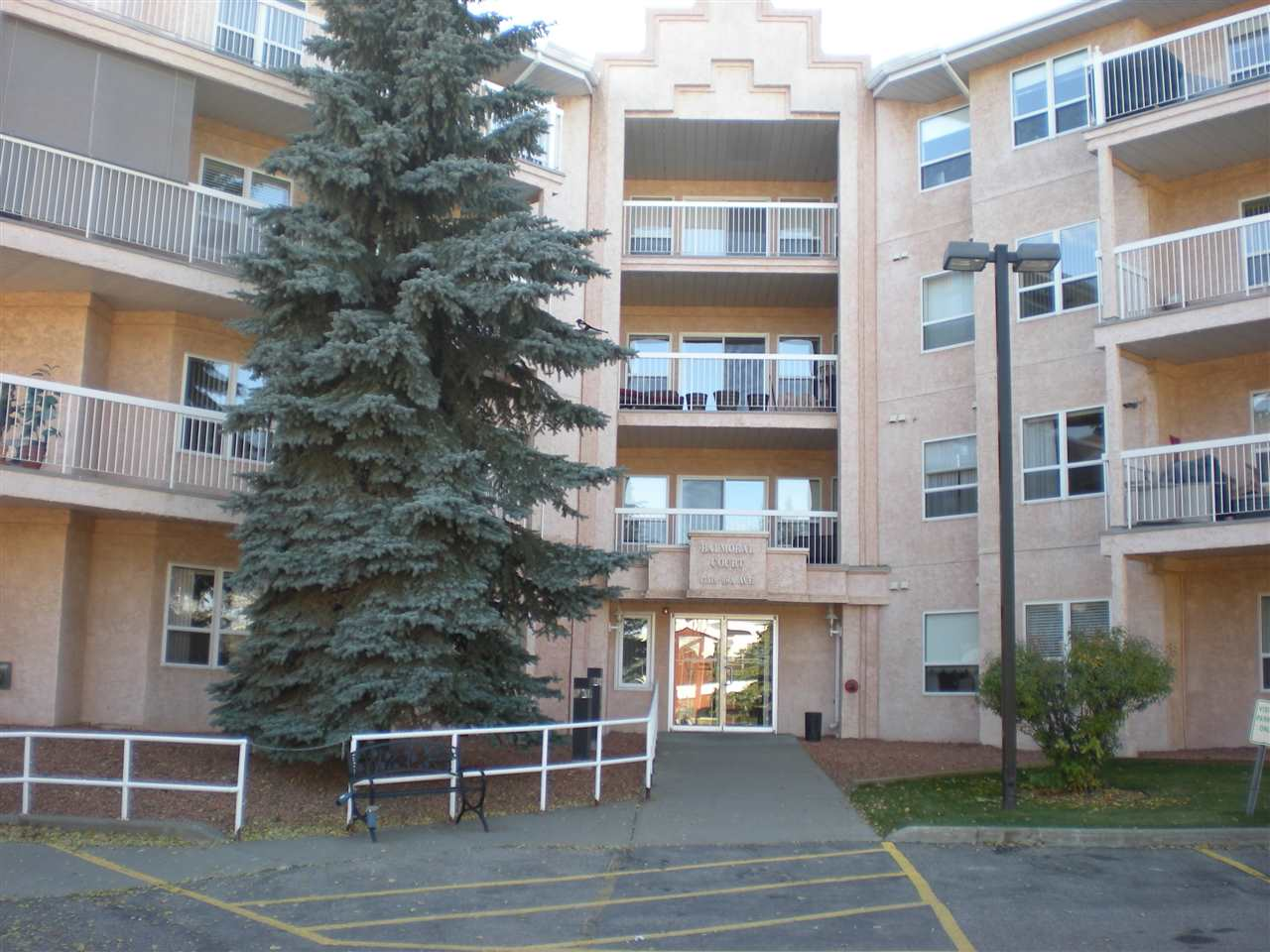 405 17519 98A Avenue, 2 bed, 2 bath, at $199,900