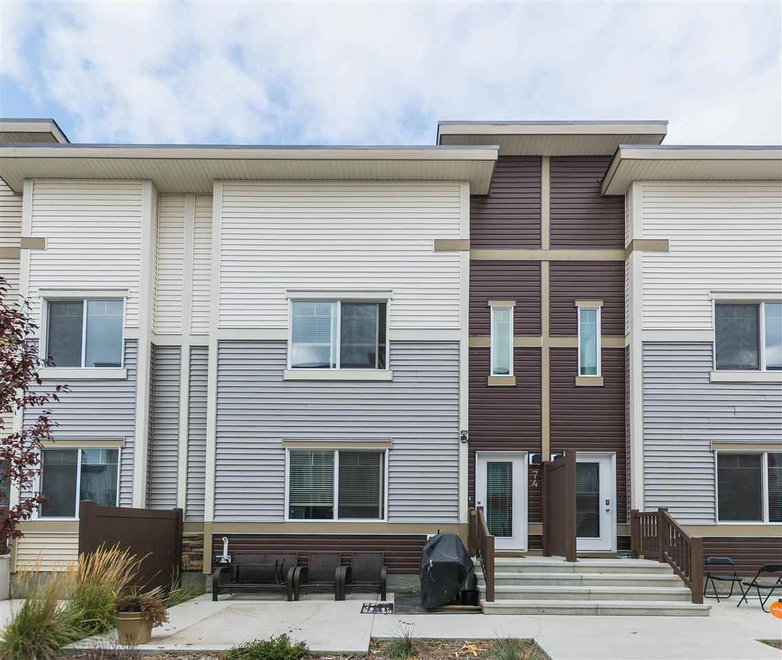 74 804 Welsh Drive, 3 bed, 3 bath, at $323,500