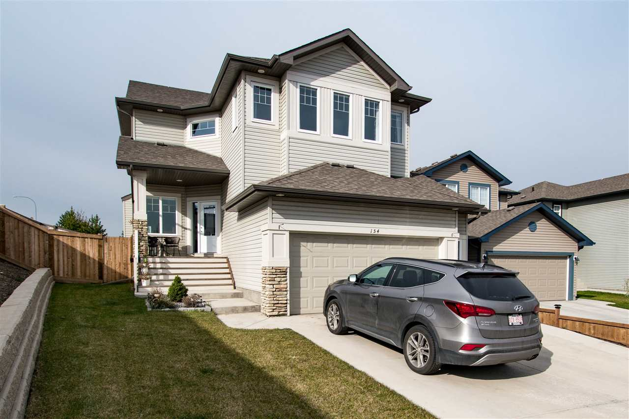 154 Sutton Close, 5 bed, 4 bath, at $679,900