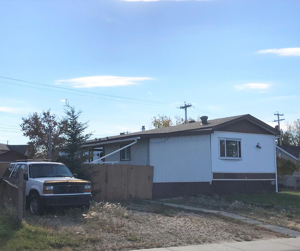 5023 48 Ave, 2 bed, 2 bath, at $79,900