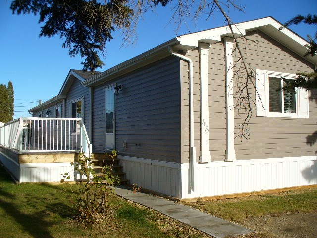 48 4204 47 Street, 3 bed, 2 bath, at $105,900