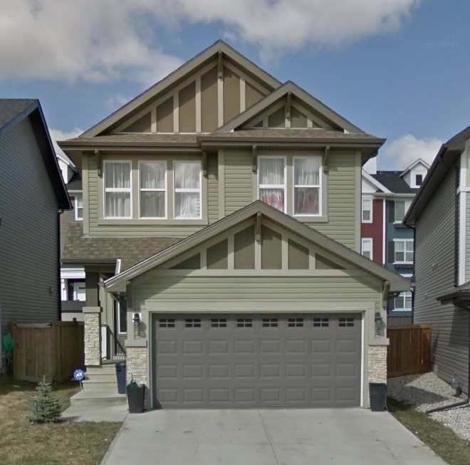 2573 Cole Crescent, 3 bed, 3 bath, at $399,000