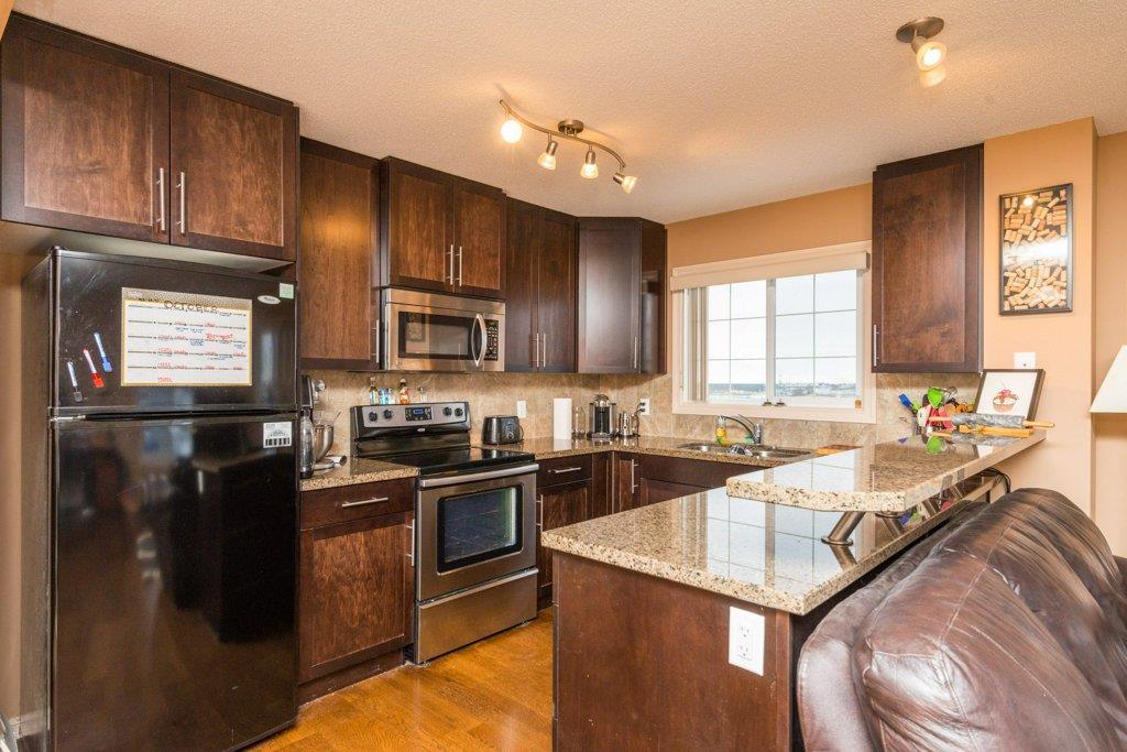 417 2208 44 Avenue, 2 bed, 2 bath, at $225,000