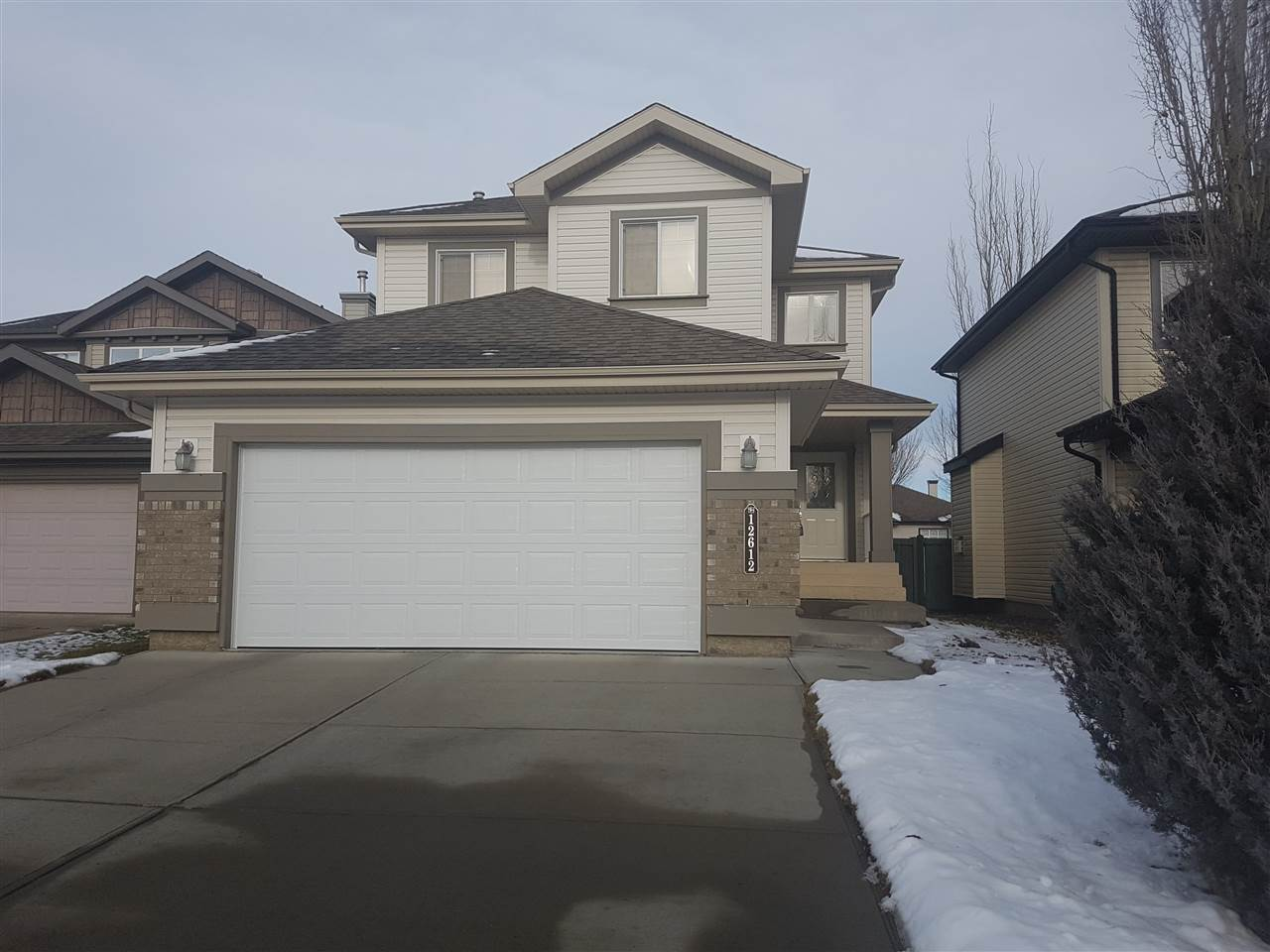 12612 16 Avenue, 3 bed, 3 bath, at $489,000