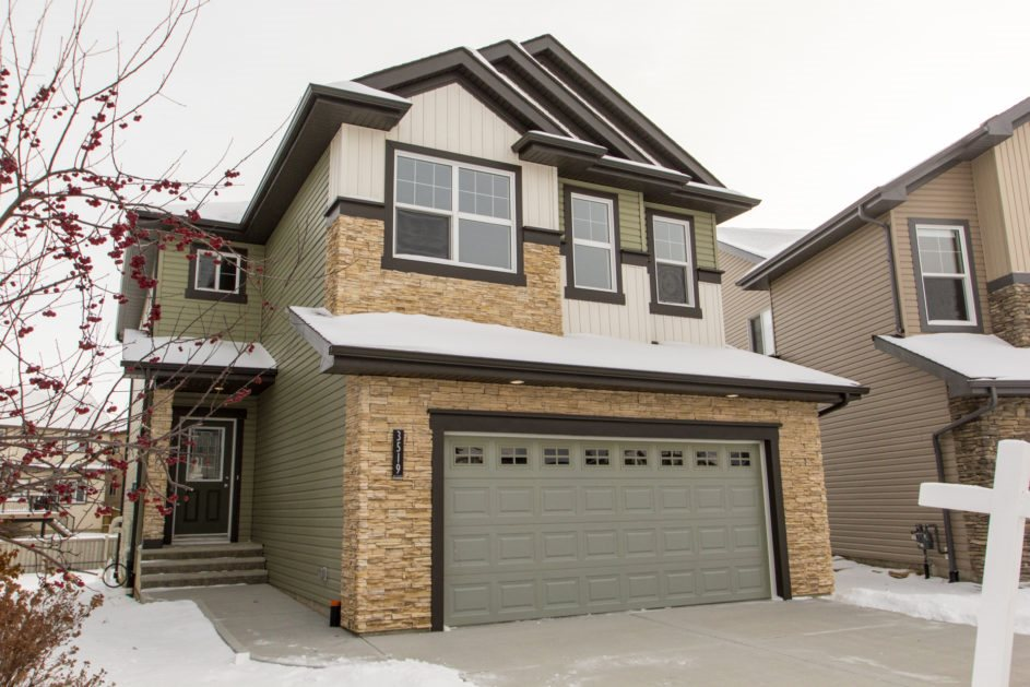 3519 CLAXTON Crescent, 3 bed, 3 bath, at $479,900
