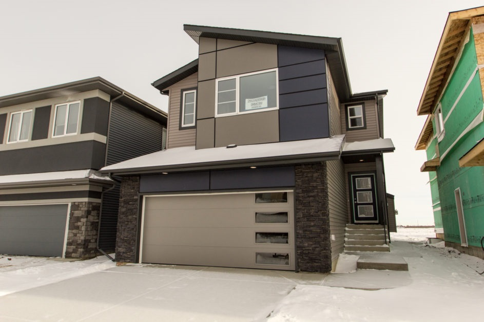 Property, 3 bed, 3 bath, at $499,900
