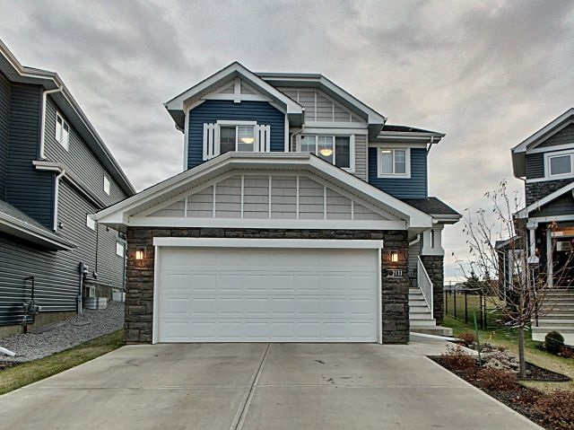 2133 Blue Jay Point(e), 3 bed, 3 bath, at $555,000
