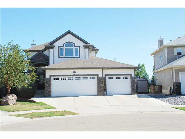 33 WEDGEWOOD Crescent, 5 bed, 4 bath, at $650,000