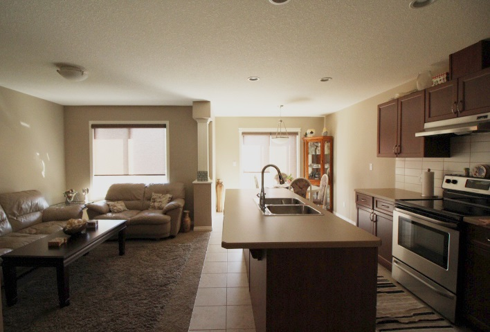 28 Halladay Boulevard, 3 bed, 3 bath, at $292,000
