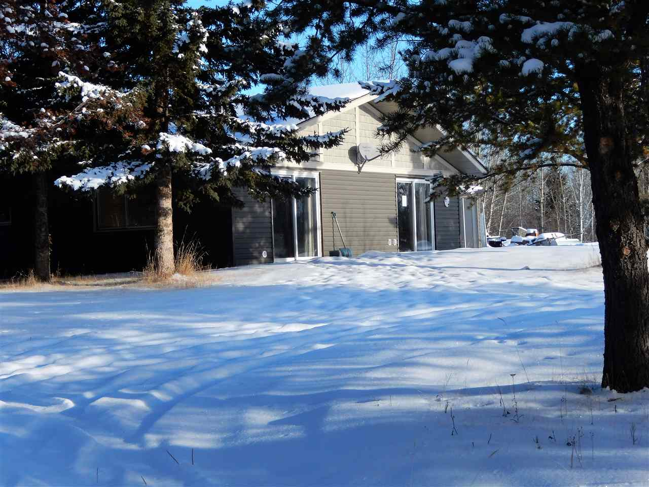 37 53026 HWY 31 Highway, 2 bed, 1 bath, at $175,000