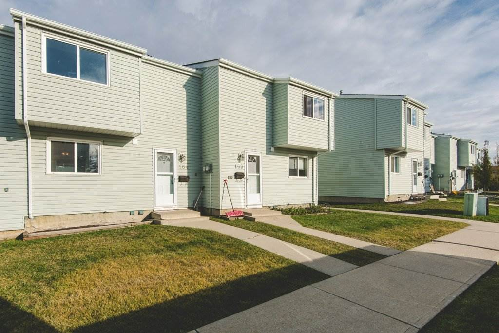 164 DICKINSFIELD Court, 1 bed, 2 bath, at $119,000