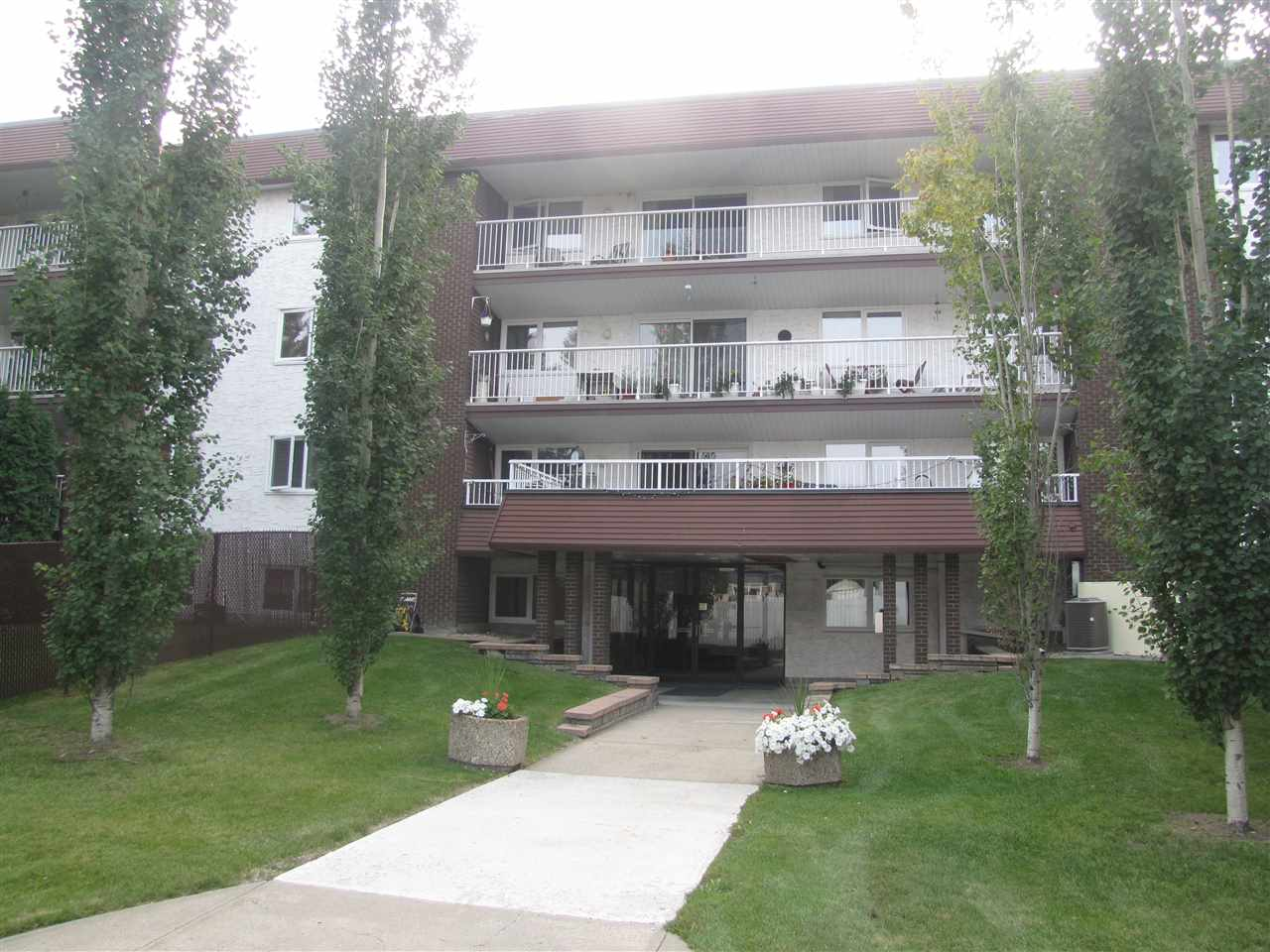 408 14810 51 Avenue, 2 bed, 2 bath, at $246,900