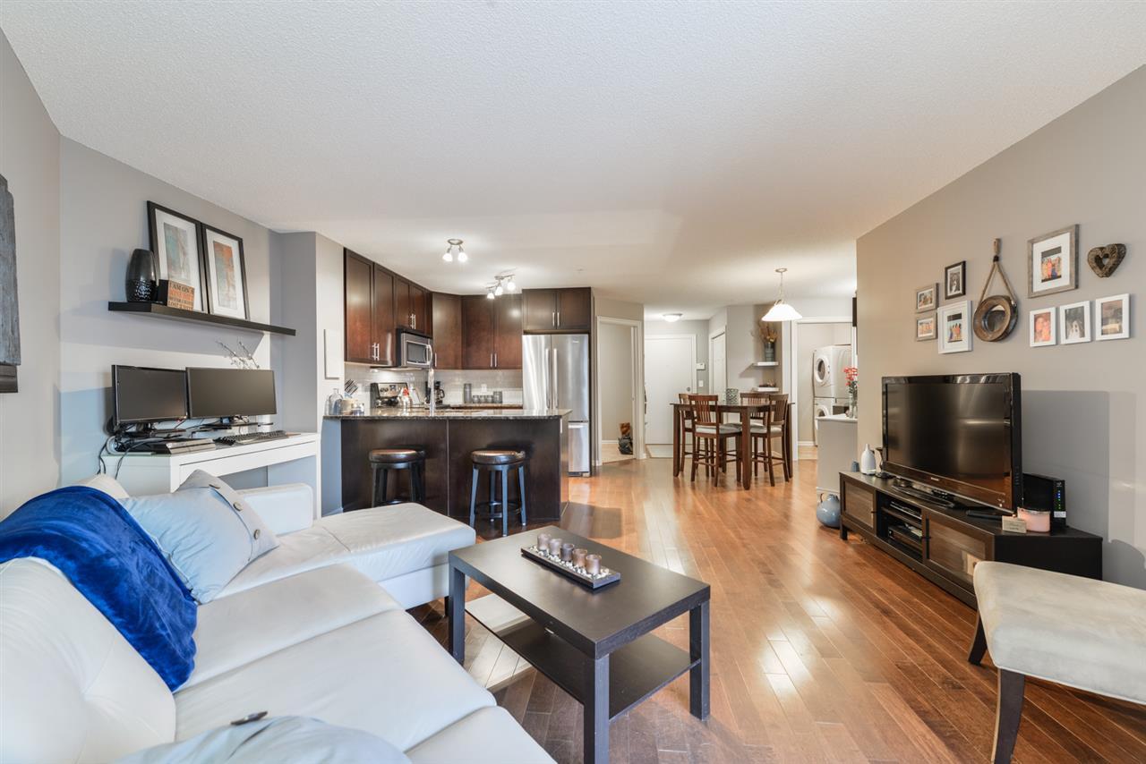 114 2204 44 Avenue, 1 bed, 1 bath, at $160,000