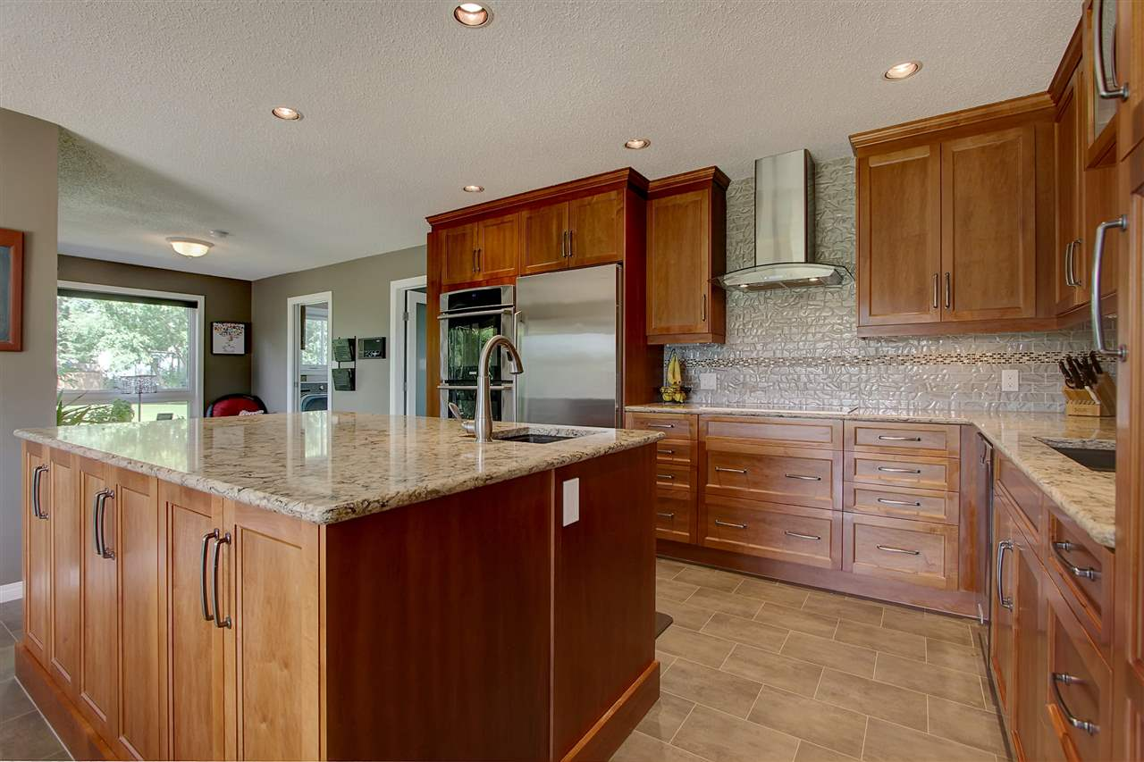 10 52417 RGE RD 15 Road, 5 bed, 3 bath, at $643,000