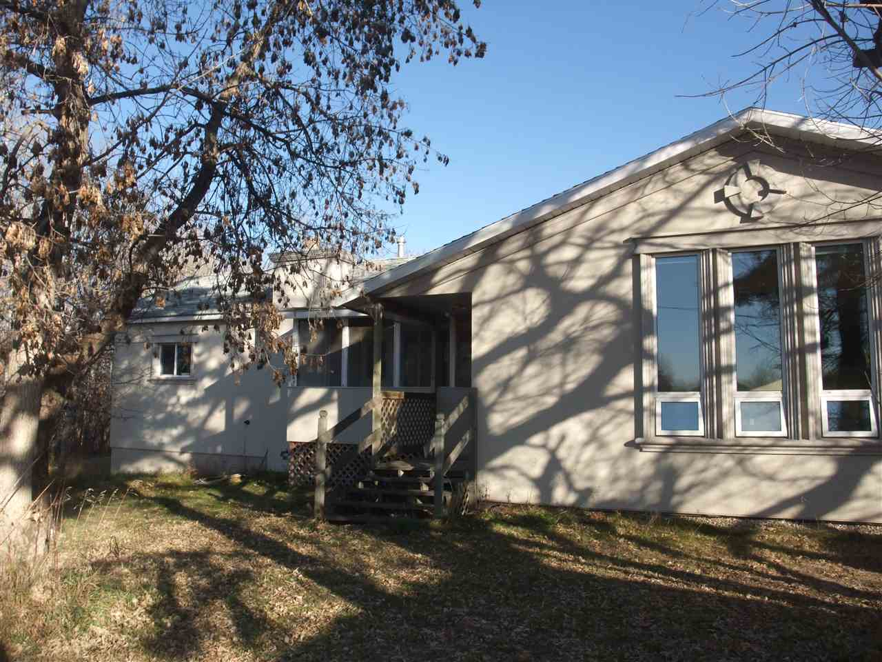 26232A TWP RD 514, 4 bed, 3 bath, at $519,000