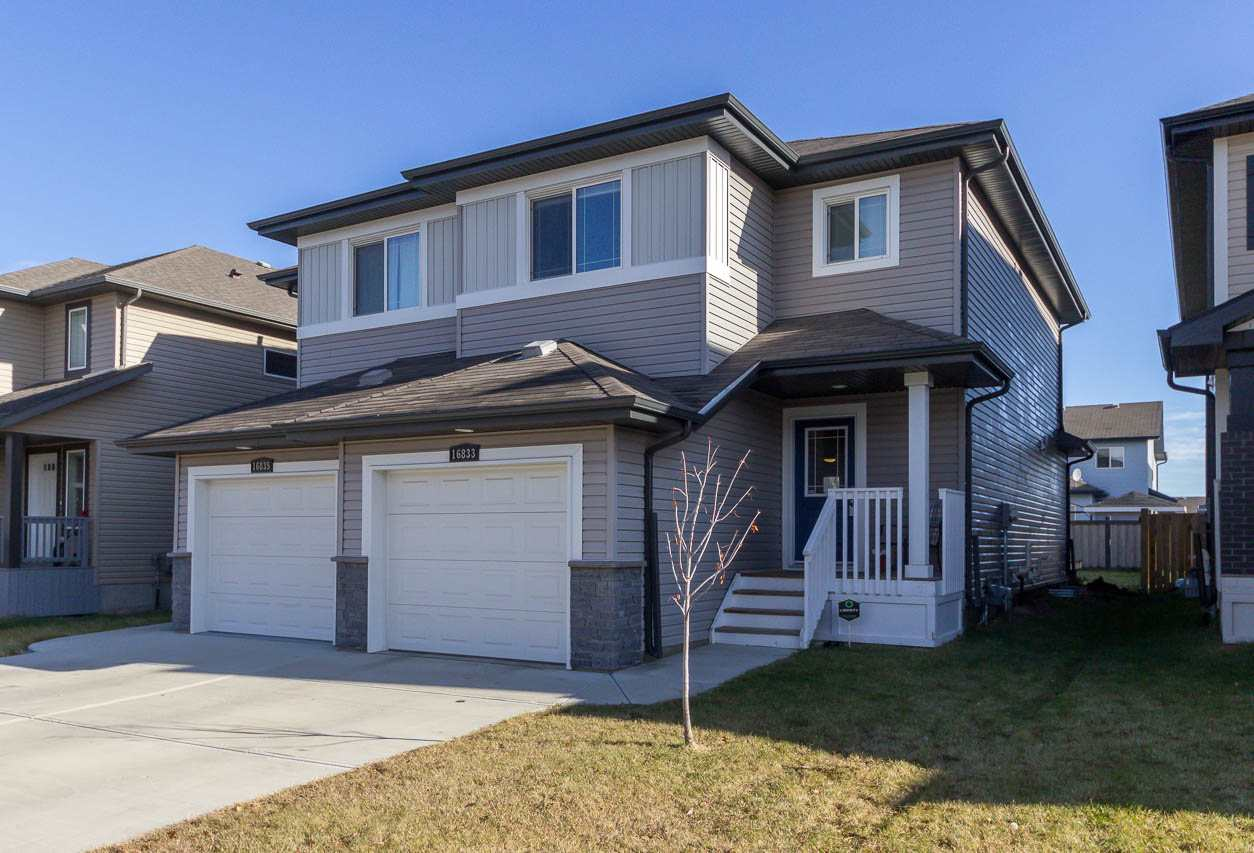 16833 120 Street, 2 bed, 3 bath, at $334,900